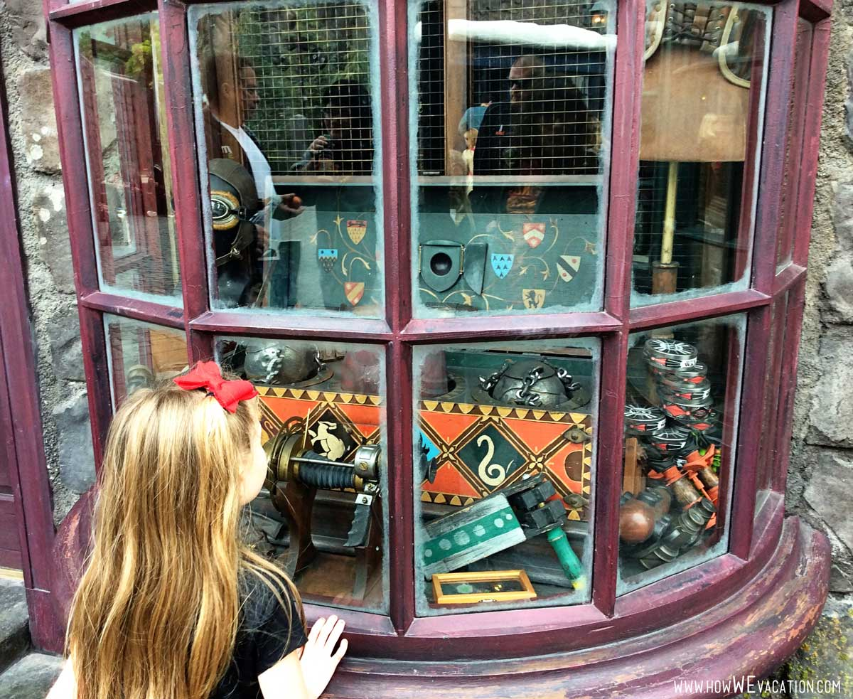 windows at harry potter universal studios