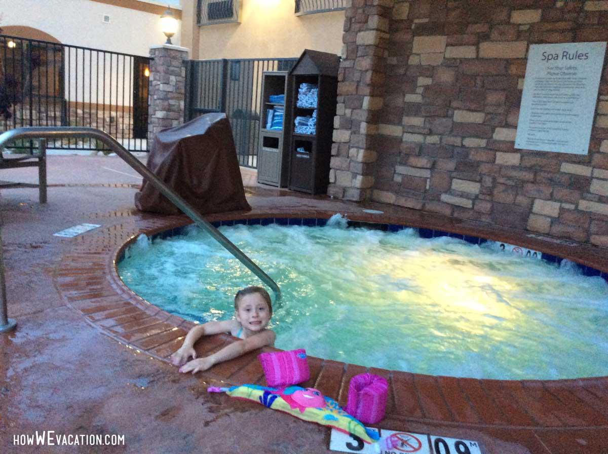 holiday inn moab pool
